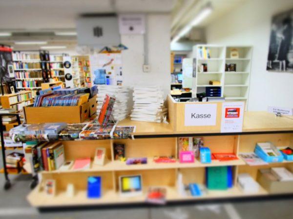 Bücherbergwerk Monbijou, SAH Bern - Verkaufstheke